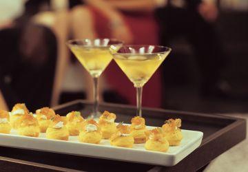 Minimuffins au maïs, à la crème fraîche et au saumon fumé