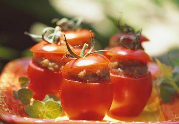 Tomates farcies au caviar d'aubergine