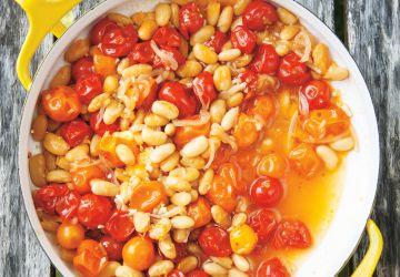 Papillote de haricots blancs et de tomates cerises