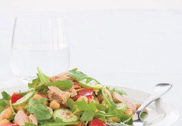Salade repas aux pois chiches et au thon