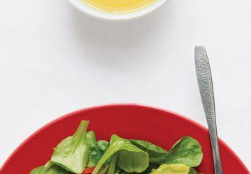 Salade de poulet et vinaigrette à la mangue