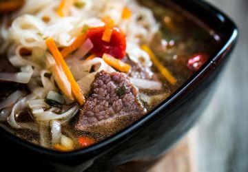 Soupe orientale au boeuf et légumes