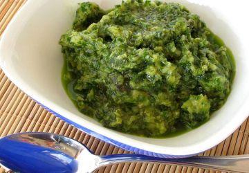 Sauce à l'ail rôti et basilic