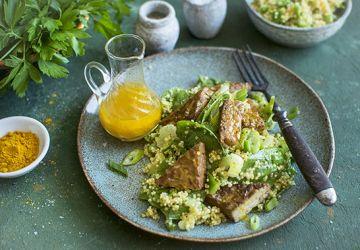 Salade de quinoa, épinards et tempeh