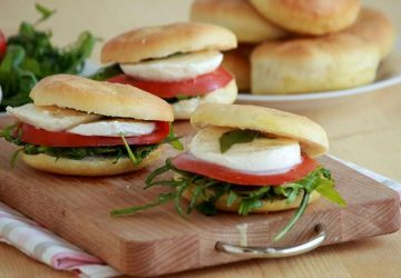 Sandwich bocconcini et tomate