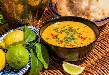 Soupe marocaine de lentilles rouges