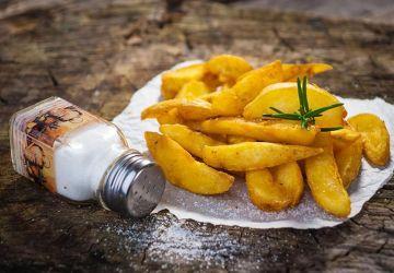Pommes de terre grillées au romarin et à l'ail