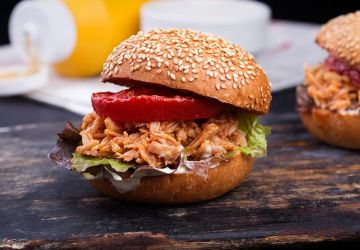 "Hamburger ""Sloppy Joe"" au poulet"
