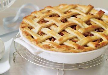 Tarte aux pommes, aux canneberges et aux noix