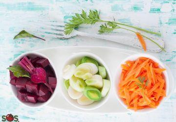 Salade composée aux betteraves, carottes et poireaux