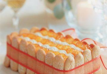 Charlotte au chocolat blanc et aux kumquats confits