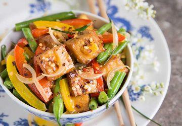 Sauté de tofu et légumes à l'orange