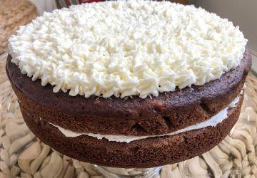 Gâteau végan au chocolat & glaçage à la margarine