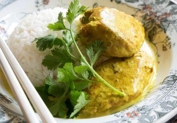 Poulet grillé à la noix de coco et épices