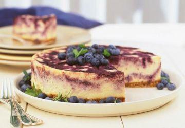Gâteau au fromage marbré aux bleuets