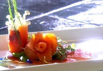 Entrée de saumon fumé et vinaigrette aux agrumes