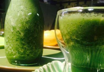 Jus énergisant à la chlorophylle