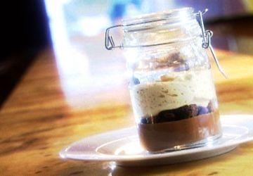 Variation du Pot de crème chocolat, caramel et sel Maldon