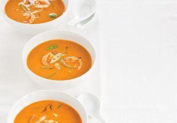 Soupe thaïe aux crevettes et au lait de coco