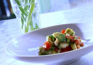 Soupe à l'avocat et Salade d'avocat et de crevettes