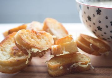 Mini-grilled cheese