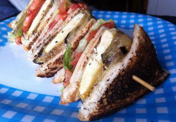 Club Sandwich végétarien au tofu