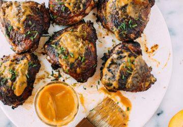 Poulet grillé à la sauce BBQ aux pêches et au chipotle